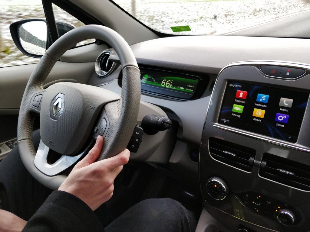 Am Steuer des Renault Zoe