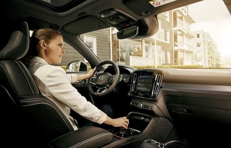 Volvo bringt Google Dienste ins Auto
