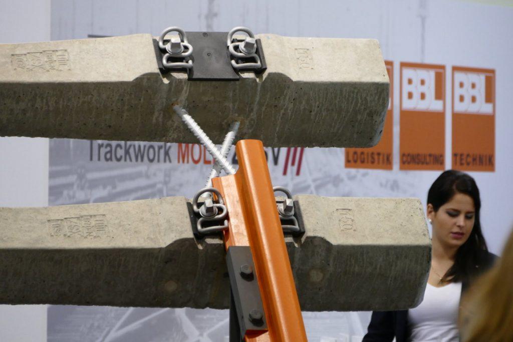 Schienen- und Schwellen-Konstruktion