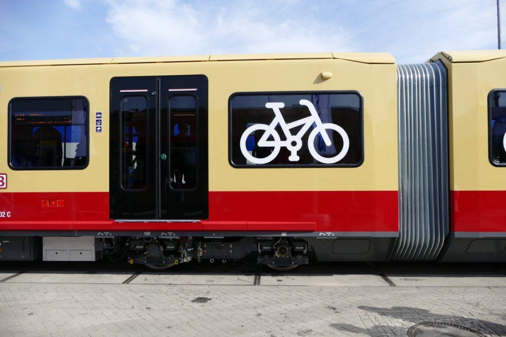 Die neue S-Bahn Berlin von der Seite