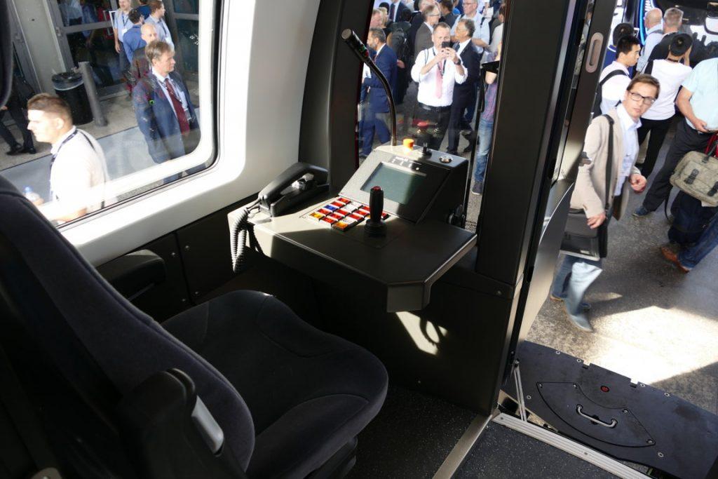 Die neue U-Bahn Glasgow im Führercockpit